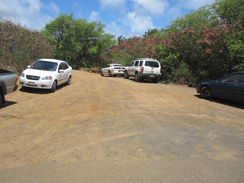 Shipwrecks (Keoneloa) Dirt Parking